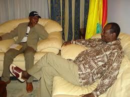 Entre le Pr. Alpha Condé et Moussa Dadis Camara c'est comme une fonction et sa dérivée (Par le Pr. Guillaume Hawing)