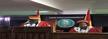 TRIBUNE:CRISE A LA COUR CONSTITUTIONNELLE ATTENTION AU PIÈGE DES PSEUDO-JURISTES COMMENTATEURS !