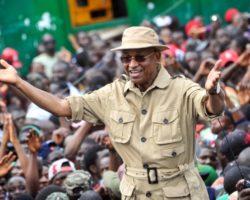 «Les Guinéens refuseront qu'Alpha Condé s'offre un 3e mandat»