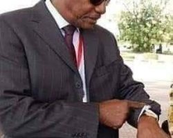 Alpha Condé: «Je n'ai de comptes à rendre qu'au peuple de Guinée»